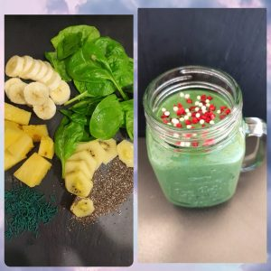 Grüner Smoothie mit Spinat und Spirulina Granulat